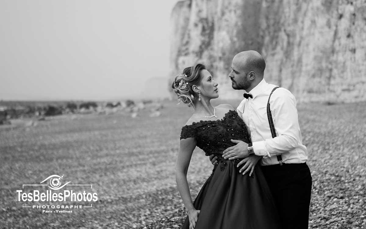 Photographe mariage Caen Basse-Normandie, photographe mariage Caen, shooting photo mariage couple sur la plage à Caen en Normandie